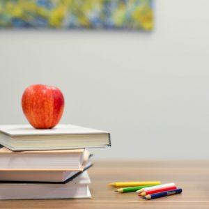 استراتيجية التعليم المقلوب بقلم المشرفة التربوية إلهام أبو طاحون